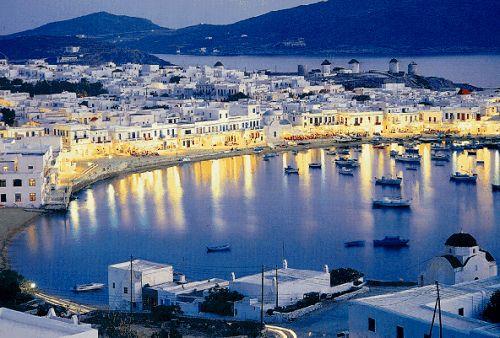 Turismo ajuda Grécia a bordejar a crise