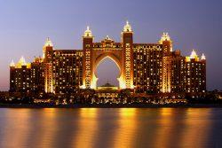 ★ GRANDES DESTINOS – Emirados Árabes, Maldivas, Jordânia, Egito, Marrocos